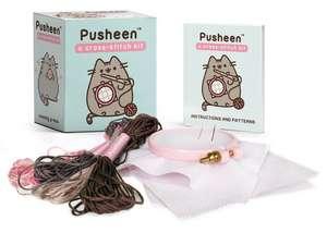 Pusheen: A Cross-Stitch Kit de Claire Belton
